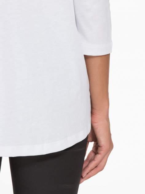 Biała bluzka o rozkloszowanym kroju z rękawem 3/4                                  zdj.                                  8