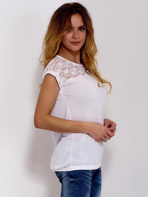 Biała bluzka z koronkową górą                              zdj.                              5
