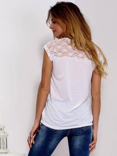 Biała bluzka z koronkową górą                              zdj.                              2