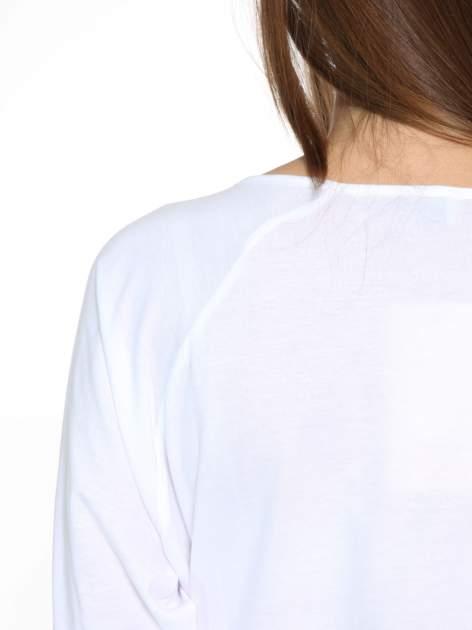 Biała bluzka z marszczonym dekoltem i rękawkami 3/4                                  zdj.                                  9