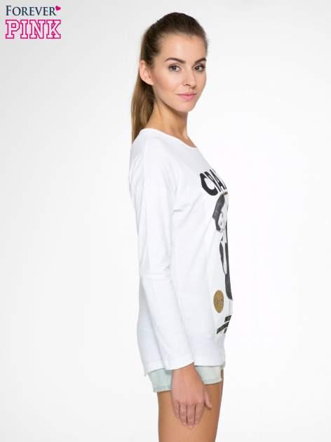 Biała bluzka z napisem CRAZY i nadrukiem fashionistek                                  zdj.                                  3