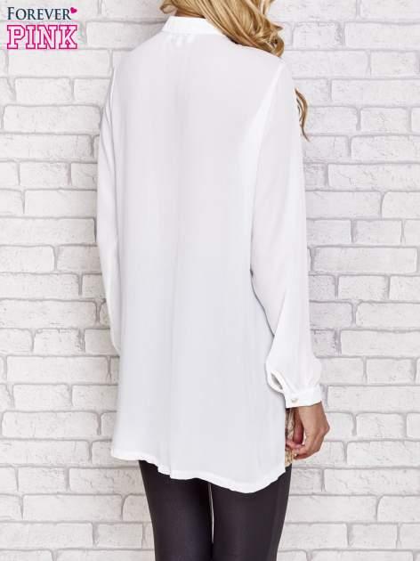 Biała długa koszula z nadrukiem tygrysa                                  zdj.                                  4