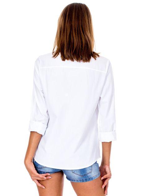Biała koszula w haftowane etniczne desenie                              zdj.                              2