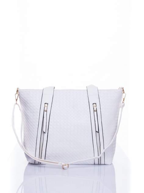 Biała pleciona torebka z suwakami                                  zdj.                                  1