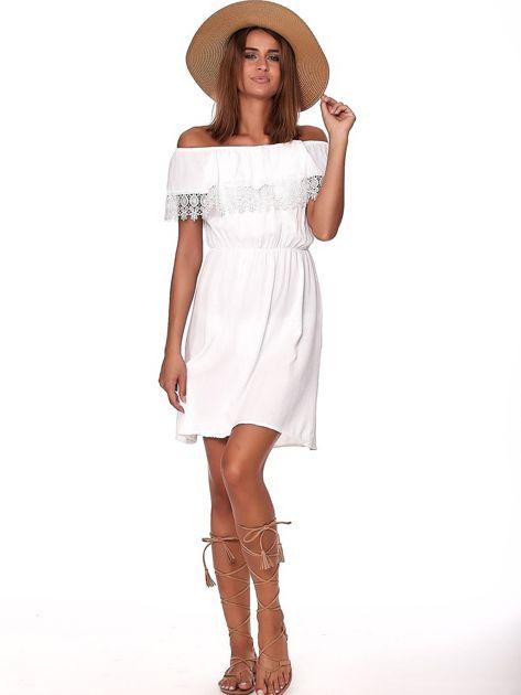 Biała sukienka hiszpanka mini z falbanką przy dekolcie                              zdj.                              4