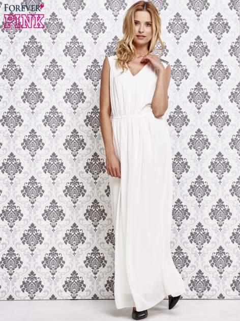 Biała sukienka maxi z pagonami z dżetów                                  zdj.                                  2