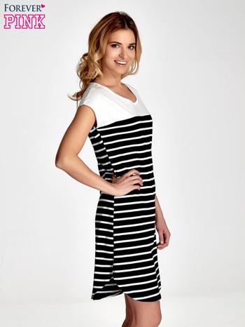 Biała sukienka w czarne paski                                  zdj.                                  3