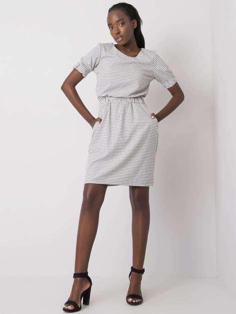 Biała sukienka w kratkę Bellatrix