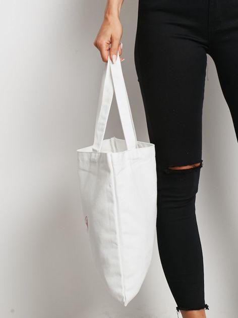 Biała torba materiałowa z printem                              zdj.                              2