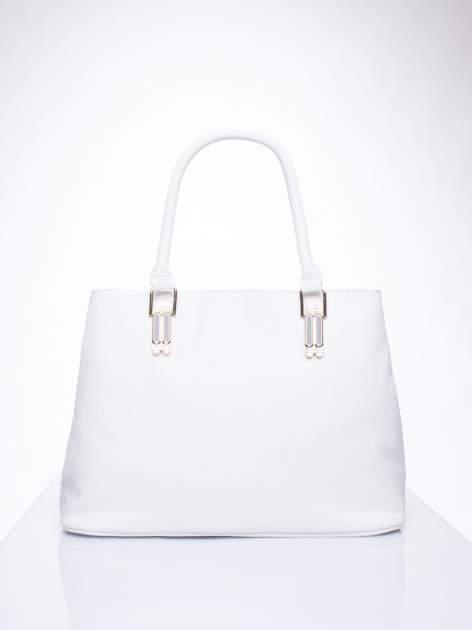 Biała torebka ze złotymi okuciami z kryształkami                                  zdj.                                  2