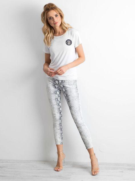 Białe jeansy skóra węża                              zdj.                              4