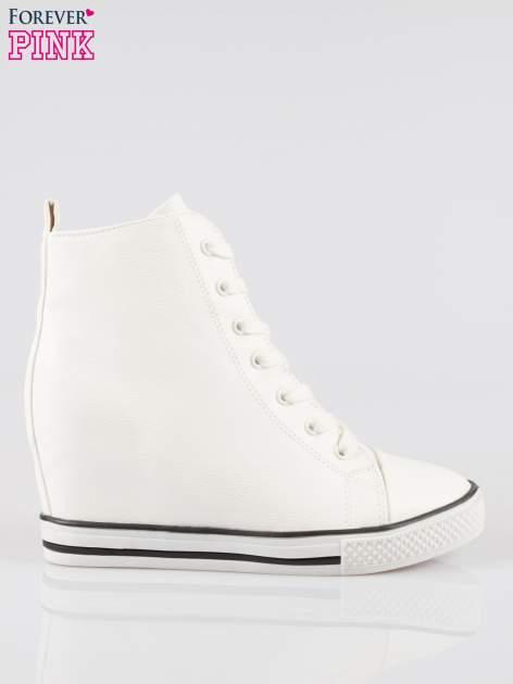 Białe klasyczne trampki na koturnie sneakersy                                  zdj.                                  1