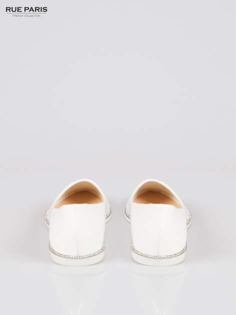Białe lakierowane baleriny faux polish leather z metalicznym otokiem                                  zdj.                                  3