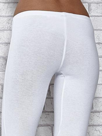 Białe legginsy sportowe z patką z dżetów na dole                                  zdj.                                  6