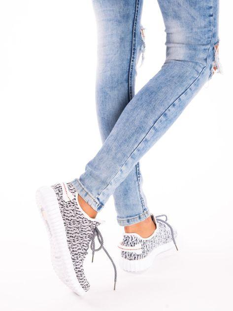 Białe marmurkowe buty sportowe pattern z tkaniny z uchwytem z tyłu                               zdj.                              6