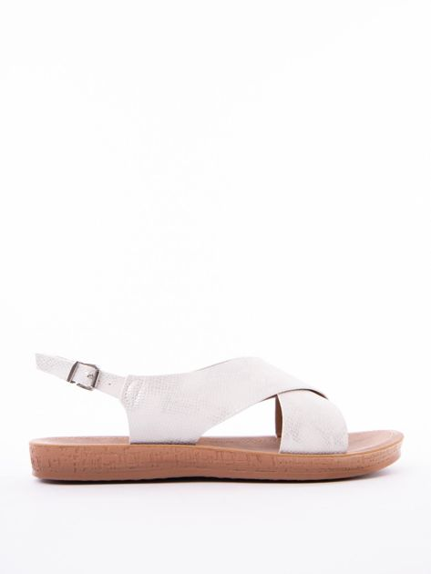 Białe sandały Mulanka z tłoczoną fakturą                               zdj.                              1