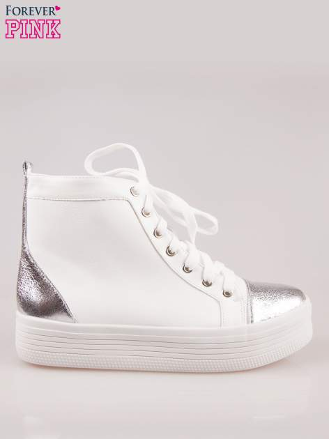 Białe sneakersy za kostkę Nessa na grubej podeszwie ze srebrnym noskiem                                  zdj.                                  1