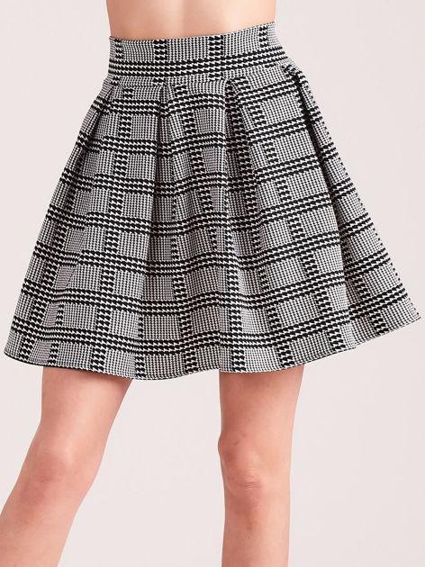 Biało-czarna rozkloszowana spódnica w pepitkę i kratę                              zdj.                              1
