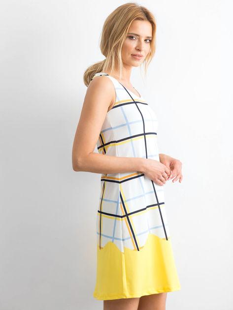 Biało-żółta sukienka w kolorową kratę                              zdj.                              3