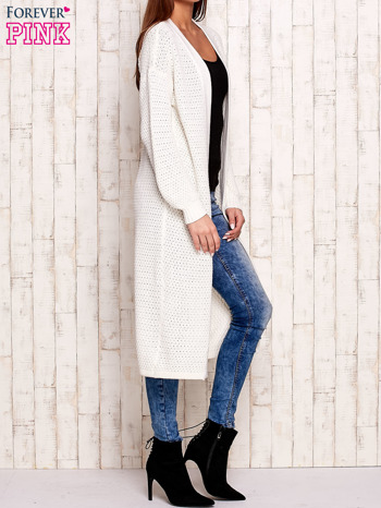 Biały długi dzianinowy sweter                                  zdj.                                  3