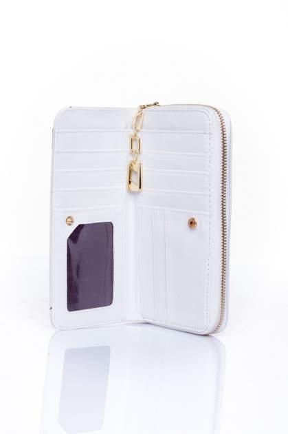Biały portfel z kieszonką ze złotym elementem                                  zdj.                                  4