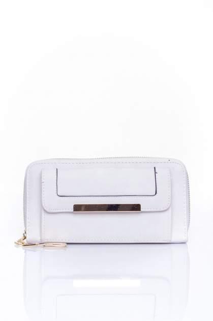 Biały portfel z kieszonką ze złotym elementem