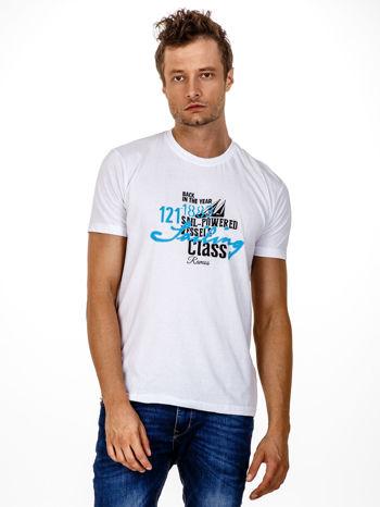 Biały t-shirt męski z marynarskim motywem i napisem SAILING                                  zdj.                                  2