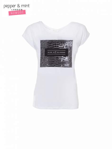 Biały t-shirt z motywem zwierzęcym                                  zdj.                                  2