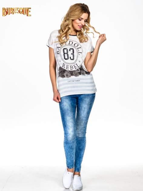 Biały t-shirt z nadrukiem BABYDOLL REBEL 83                                  zdj.                                  6