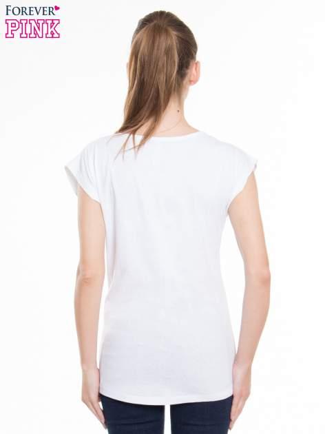 Biały t-shirt z nadrukiem FLAMINGO MOTEL                                  zdj.                                  4