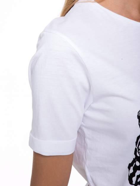 Biały t-shirt z nadrukiem HEROÉS IN PARIS                                  zdj.                                  7