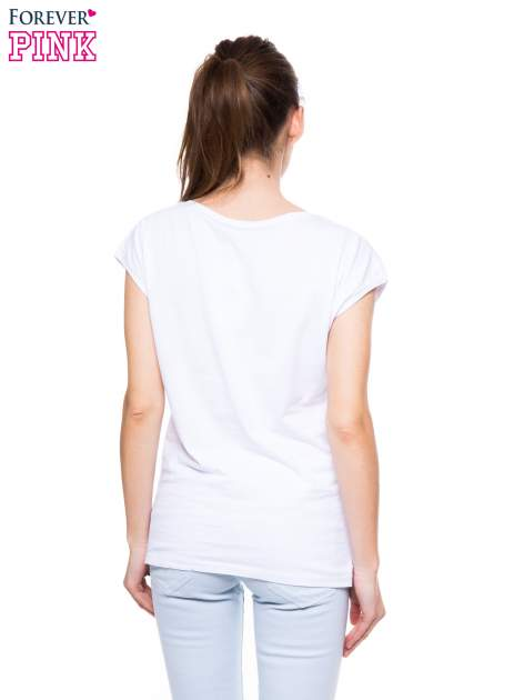 Biały t-shirt z nadrukiem korony księżniczki                                  zdj.                                  4