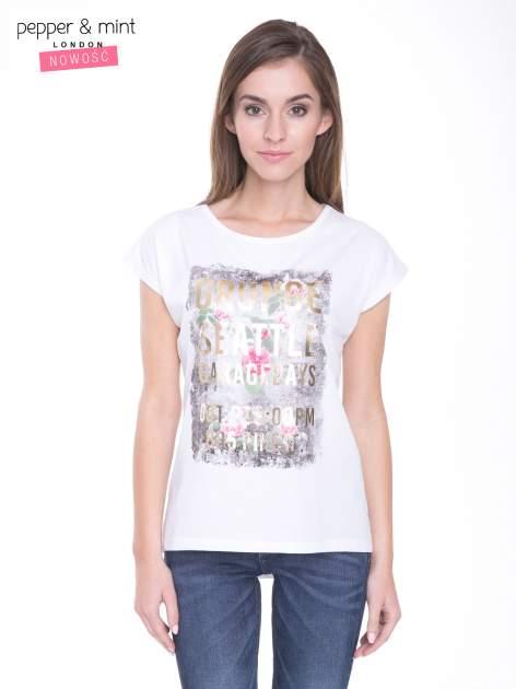 Biały t-shirt z nadrukiem kwiatowym i złotym napisem GRUNGE                                  zdj.                                  1