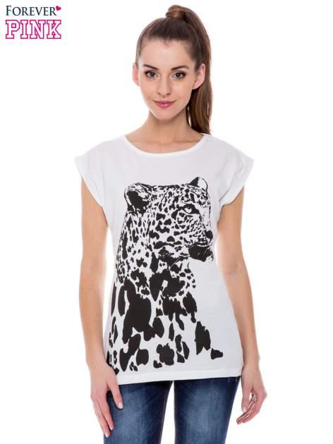 Biały t-shirt z nadrukiem leoparda                                  zdj.                                  1