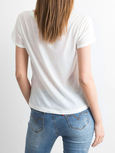 Biały t-shirt z nadrukiem palm i napisem BORN TO PARTY zdobionym kamieniami                                  zdj.                                  3