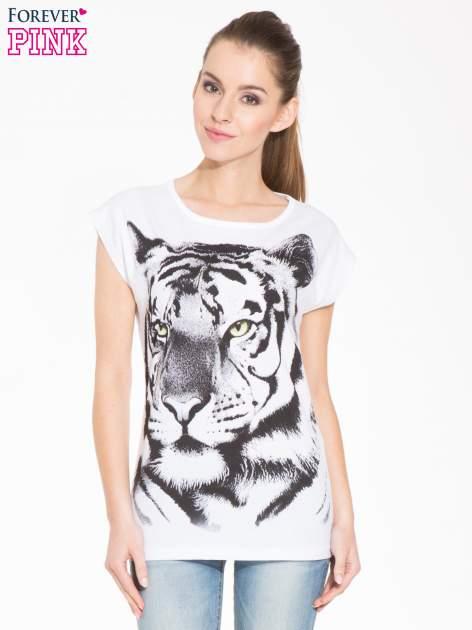 Biały t-shirt z nadrukiem tygrysa                                  zdj.                                  1