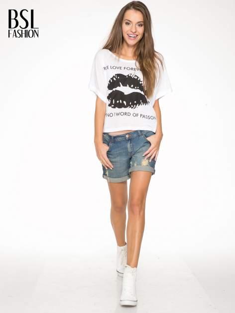 Biały t-shirt z nadrukiem ust i napisem TRUE LOVE                                  zdj.                                  5