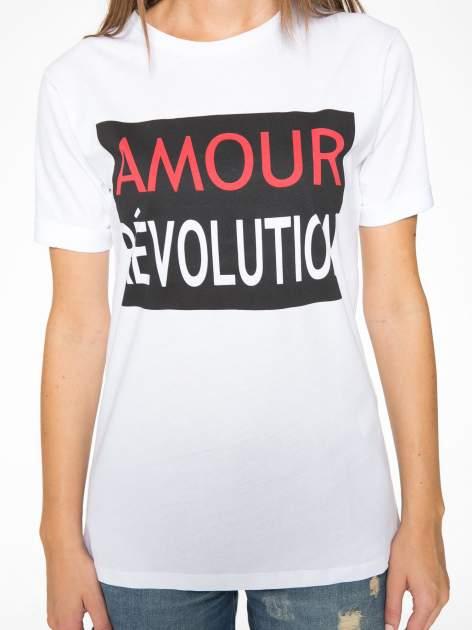 Biały  t-shirt z napisem AMOUR RÉVOLUTION                                  zdj.                                  8