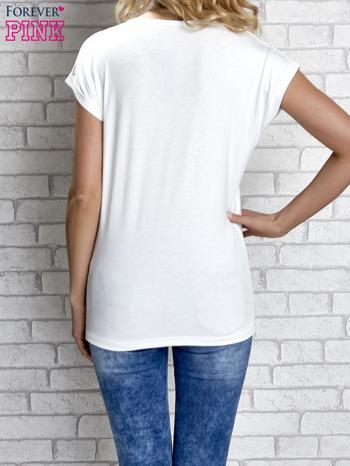 Biały t-shirt z napisem I AM CHOCOHOLIC BABY                                  zdj.                                  2