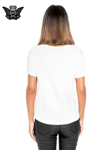 Biały t-shirt z napisem NEW YORK z cekinami                                  zdj.                                  4