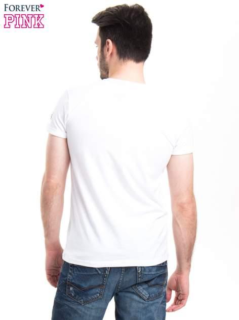 Biały t-shirt z napisem SKY IS THE NEW REBEL                                  zdj.                                  3