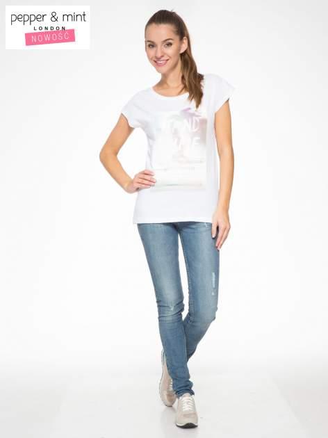 Biały t-shirt z napisem STAND BY ME                                  zdj.                                  5