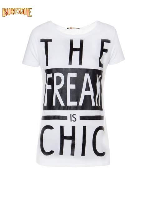 Biały t-shirt z napisem THE FREAK IS CHIC                                  zdj.                                  1