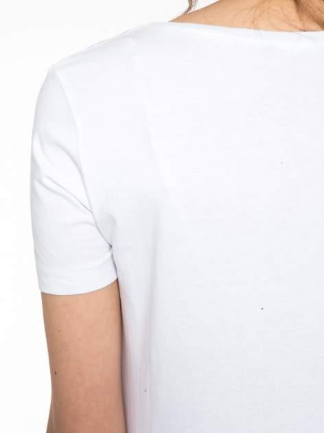 Biały t-shirt z napisem THE FREAK IS CHIC                                  zdj.                                  9