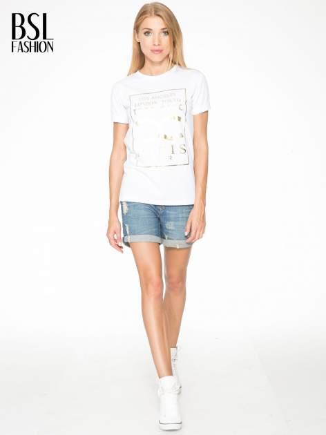 Biały t-shirt z nazwami stolic mody                                  zdj.                                  5