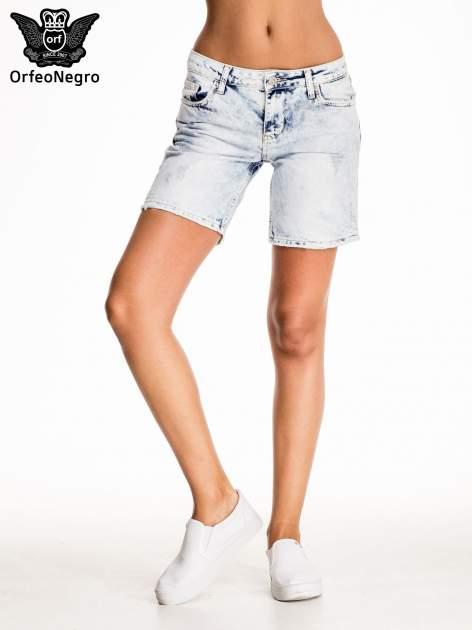 Błękitne jeansowe szorty z dłuższą nogawką                                  zdj.                                  3