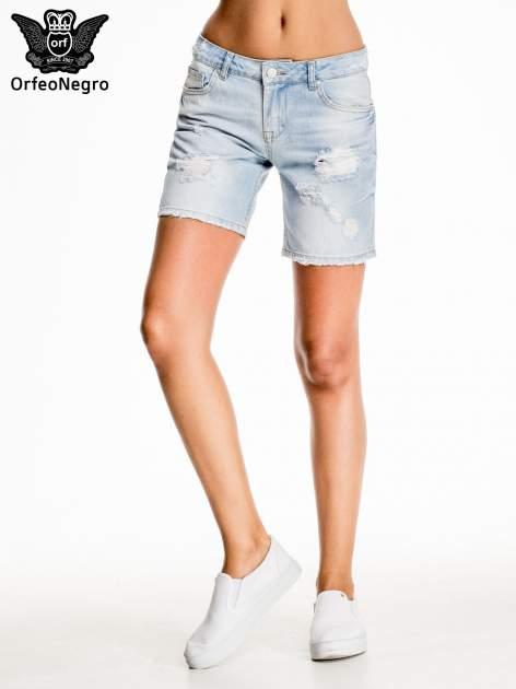 Błękitne jeansowe szorty z przetarciami                                  zdj.                                  3
