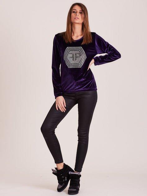 Bluza damska welurowa z błyszczącymi kamykami fioletowa                              zdj.                              5
