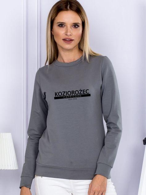 Bluza damska z nadrukiem znaku zodiaku KOZIOROŻEC szara                              zdj.                              1