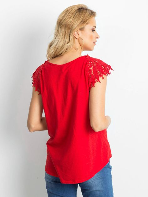 Bluzka czerwona z koronkowymi rękawami                              zdj.                              5